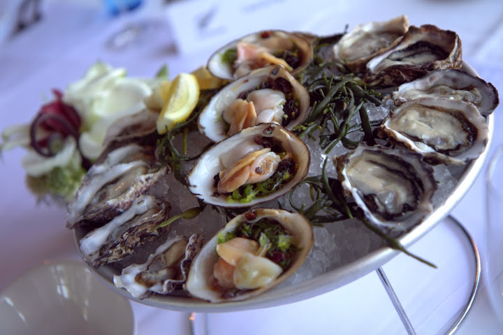 Waterbar: Coromandel McGregor Bay & Clevedon Kawakawa Bay Oysters, Cloudy Bay Clams in seaweed & ginger lime syrup