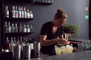 David Nava prepares cocktails at Romita