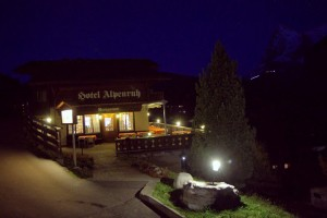 Hotel Alpenruh at night