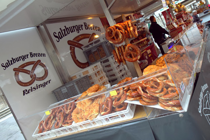 Salzburger Brezen at the market with pretzels