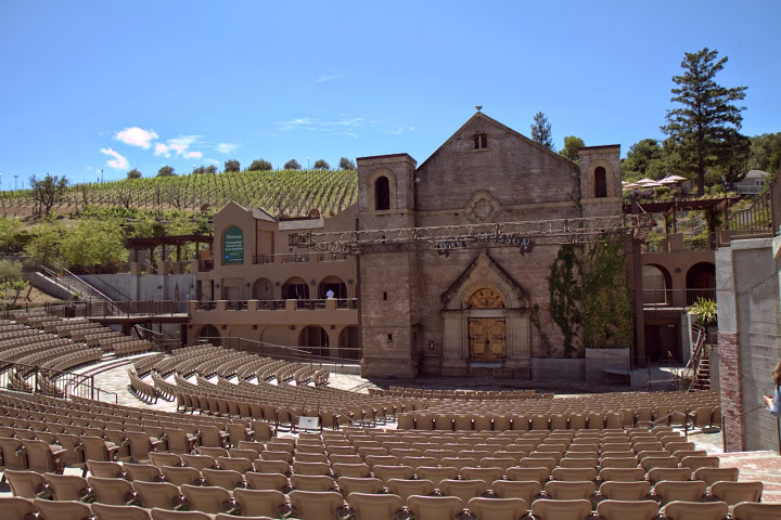Weekending/day trip to Saratoga at the Mountain Winery