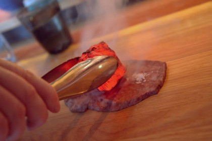 Searing raw beef with a hot cool